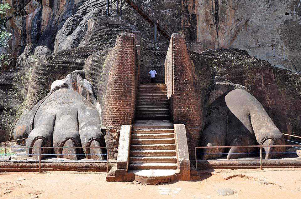Sri Lanka 455