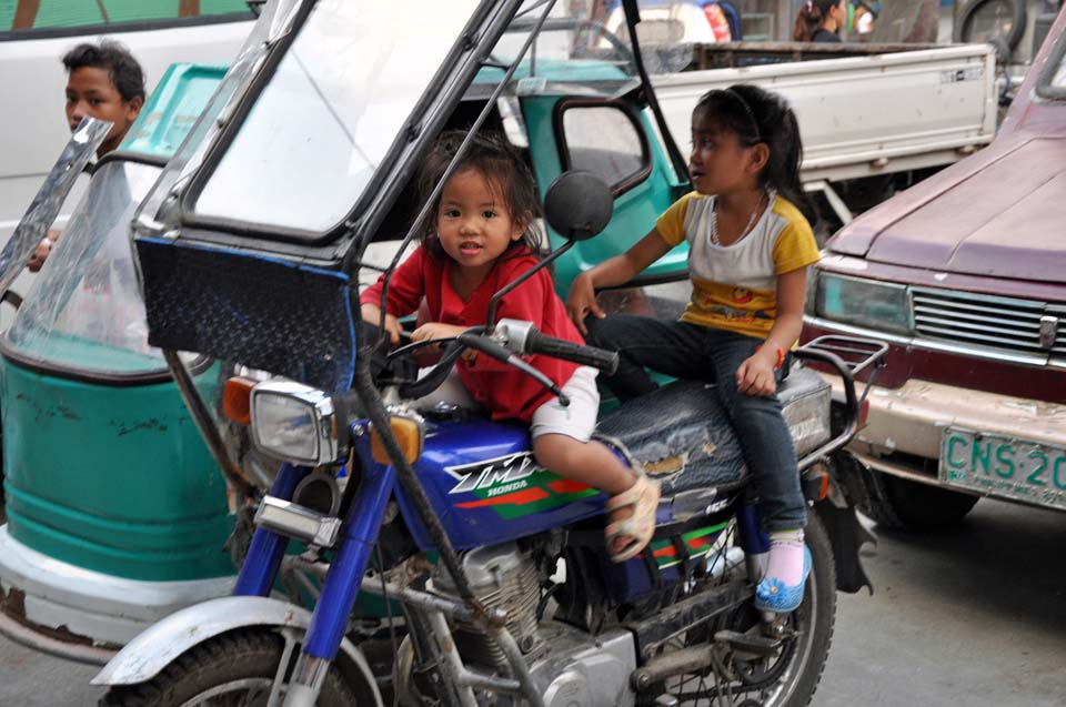 Philippines 775
